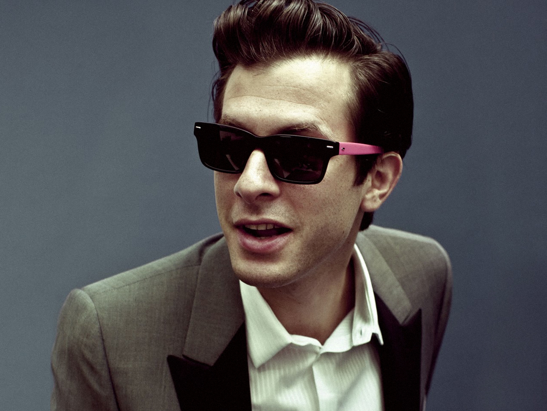 Now Playing: Mark Ronson – Feel Right