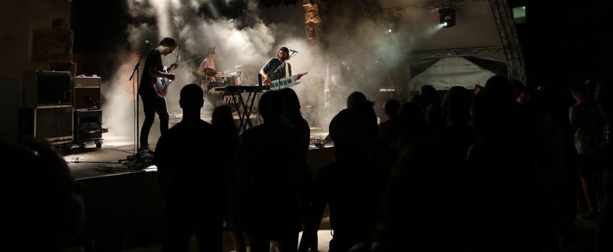 Konzertbericht: Slow Down Festival / Musik & Picknick in der Ruine